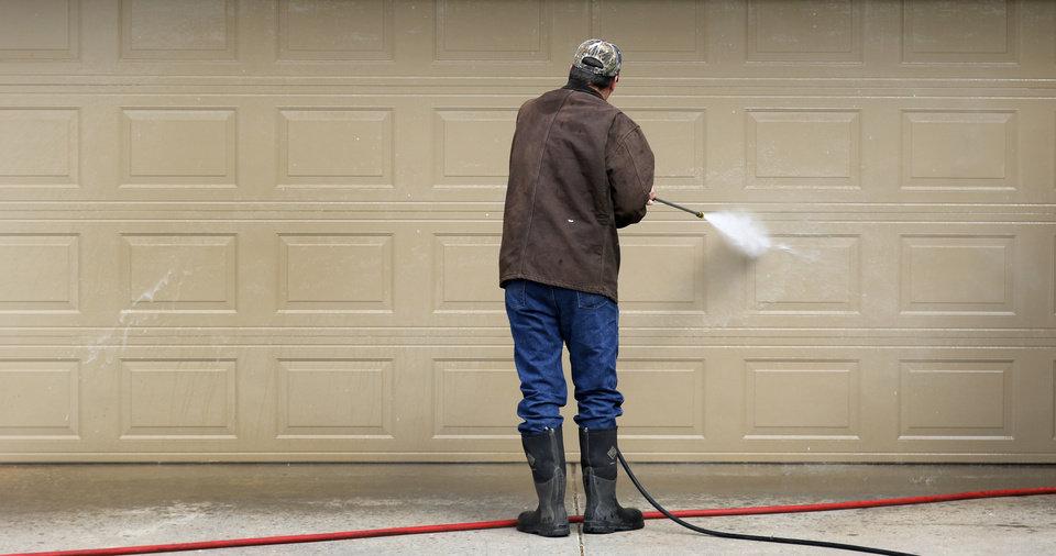 Guida Door \u0026 Window Blog  7 Tips To Keep Your Garage Door In Working Order this Summer & Guida Door \u0026 Window: Blog : 7 Tips To Keep Your Garage Door In ...